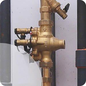 Disconnecteur à zone de pression