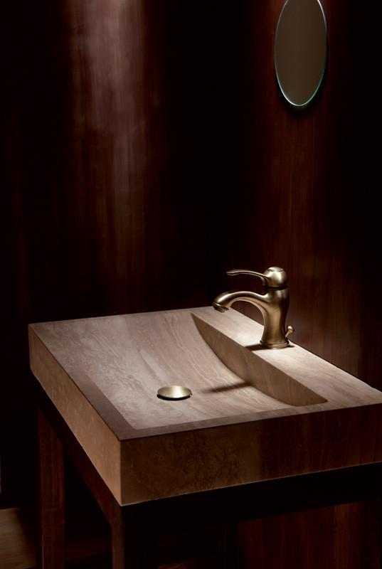 lavabo poser en pierre sable avec per age de robinetterie. Black Bedroom Furniture Sets. Home Design Ideas
