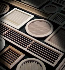 Grille de ventilation en bois
