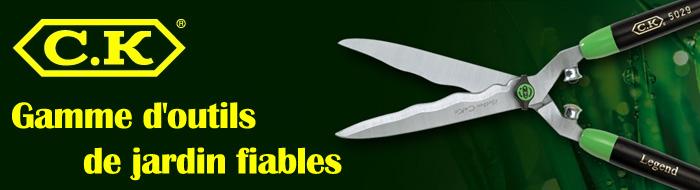 outils pour le jardinage' width=